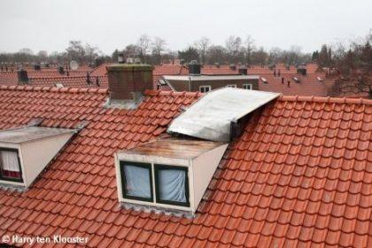 wbb-dakkapellen - stormschade ciara - weggewaaid dak en dakrand van zelfbouw dakkapel - GEEN dakkapel van wbb-dakkapellen